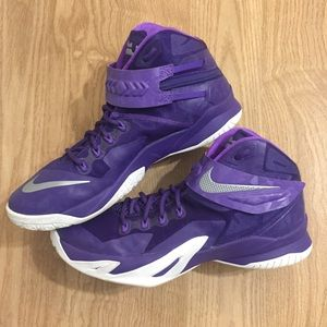 Nike Lebron Zoom Soldier 8 Basketball Shoes